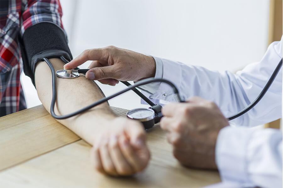 un cardiólogo en Lanzarote