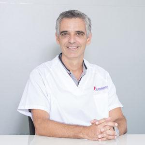 Dr. Efrén Quintana